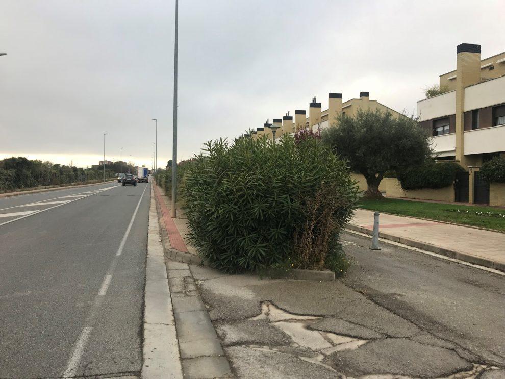 Comienzan las obras de acondicionamiento de la acera de Avenida de Madrid en el término de Lardero