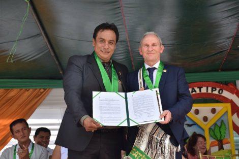 Lardero suscribe su Hermanamiento con el municipio peruano de Satipo