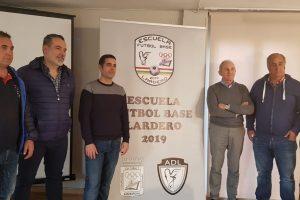 """La Escuela Fútbol Base de Lardero nace con el objetivo de """"formar personas y no solo futbolistas"""""""