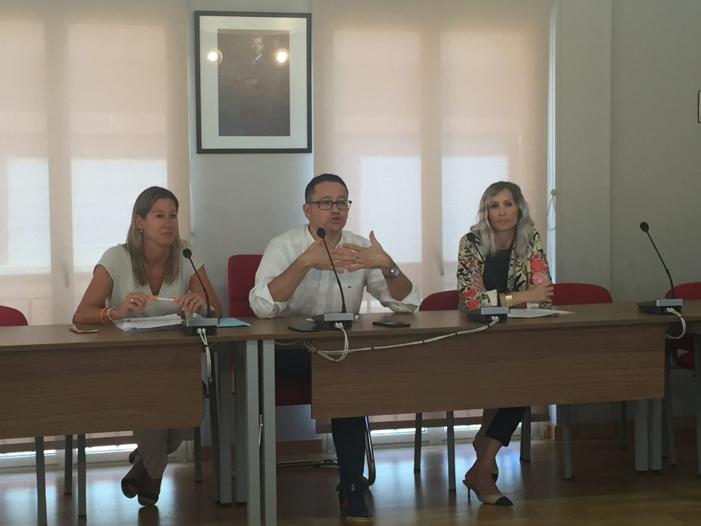 El Ayuntamiento de Lardero desestima la concesión de la licencia para apertura de un salón de juego en el municipio.
