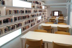 La Biblioteca de Lardero, con Wi-Fi en la sala de estudio